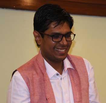 Divya-Prakash-Dubeyy