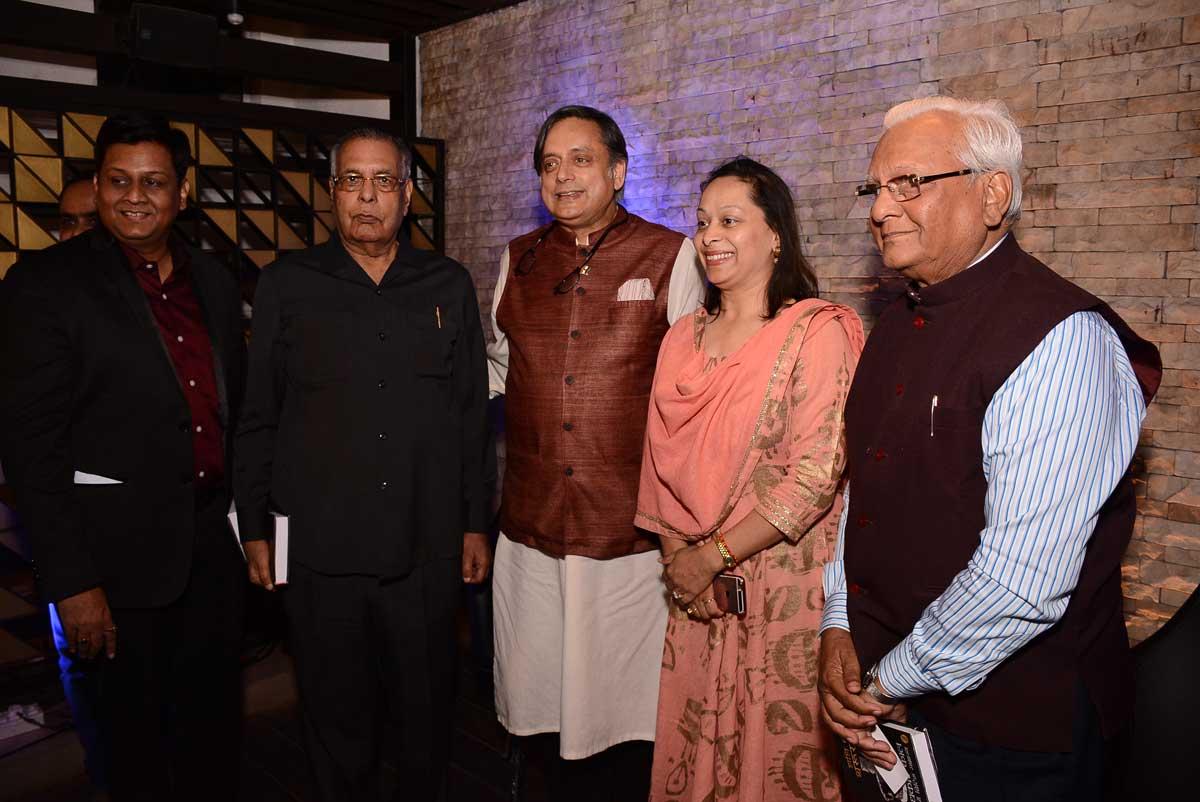 Shashi Tharoor Kalam kolkata (1)