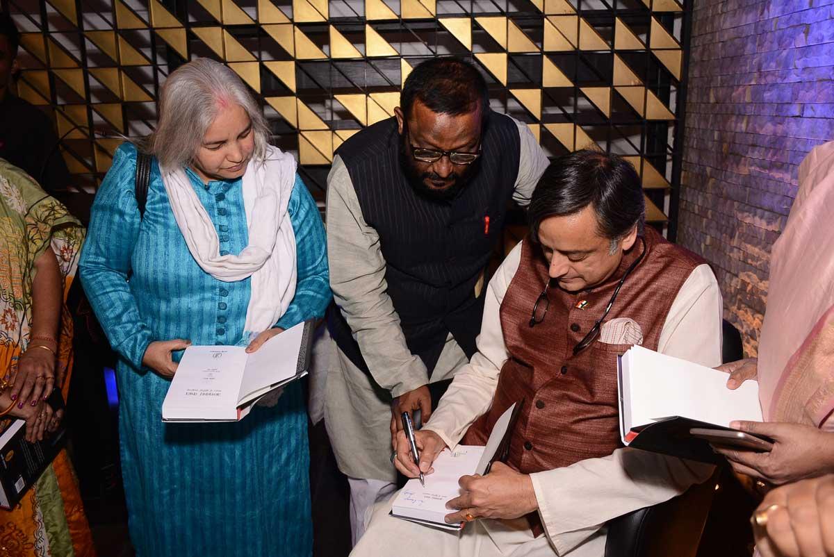 Shashi Tharoor Kalam kolkata (14)