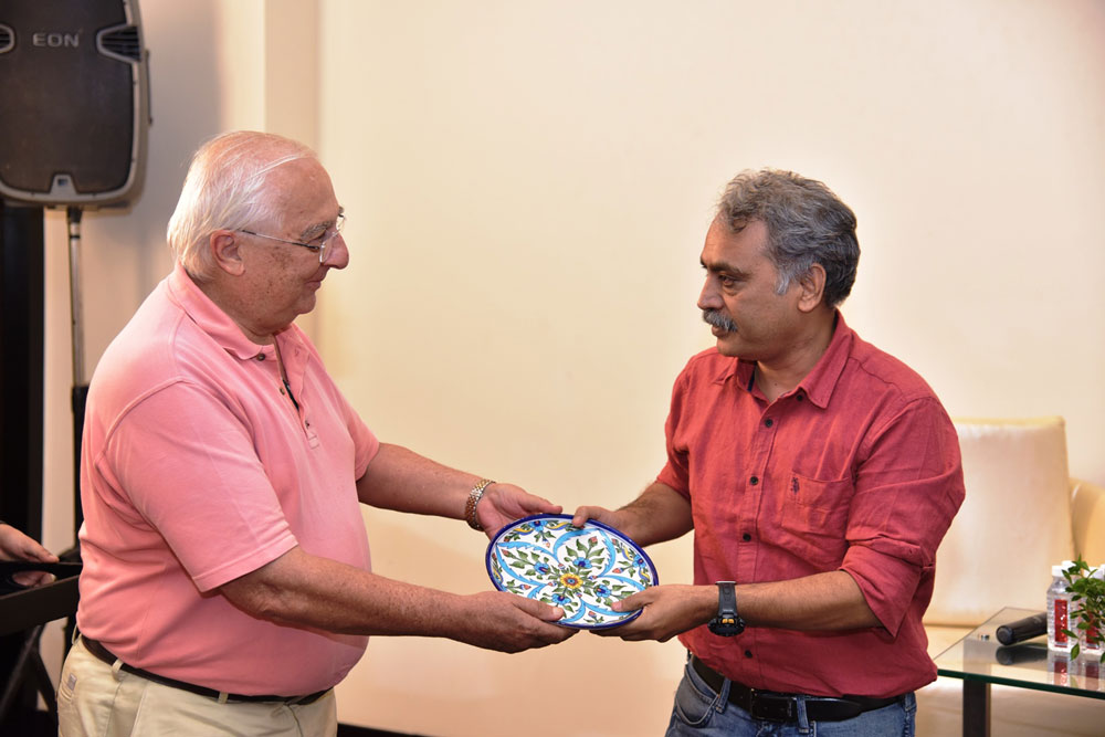 Felicitation-by-Mr.-Atal-Ajay-to-Conversationalist-Mr.-L.-P