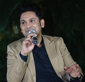 Manoj-Muntashir-2
