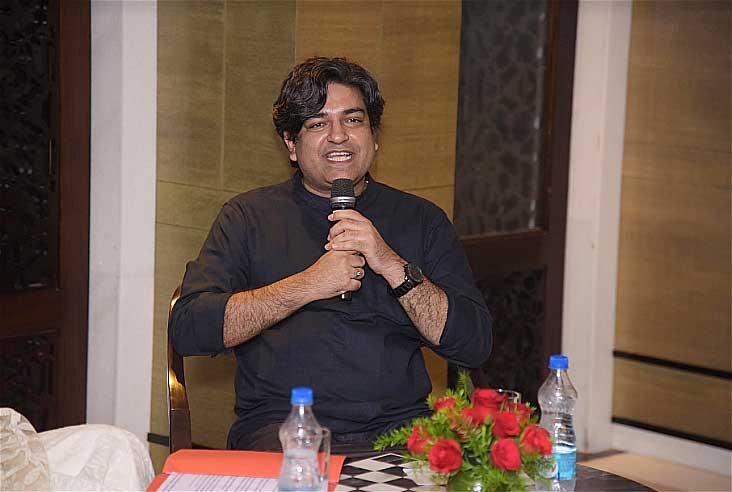 Naveen-Choudhary-Author