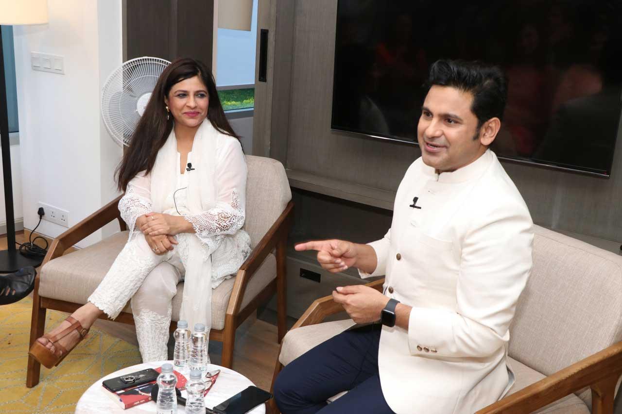 Manoj-Muntashir-in-conversation-with-Shazia-Ilmi,-Ehsaas-woman-of-Delhi