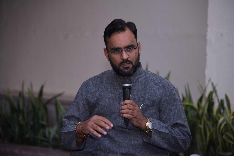 Ashwani-Pareek-Conversationalist