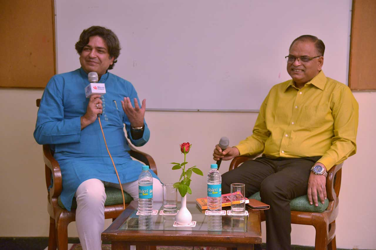 Author-Naveen-Choudhary-in-conversation-with-Anant-Bhatnagar