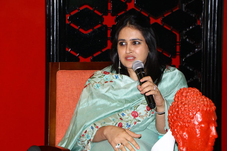 Conversationalist-Ms.-Shraddha-Murdia