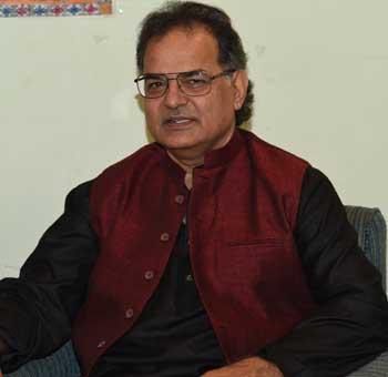 Farhat-Shahzad